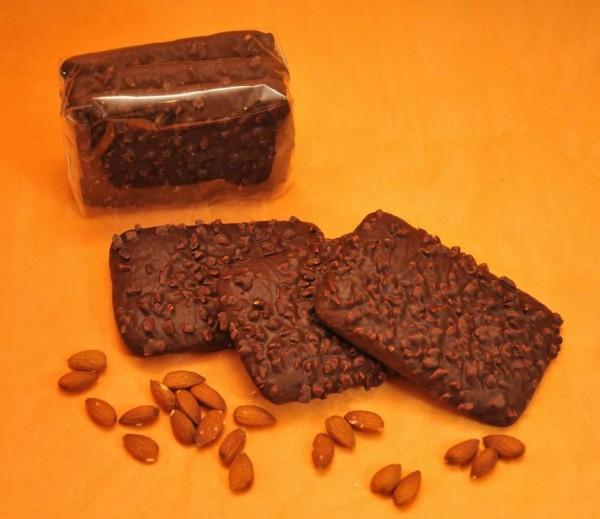 Mandelpfefferkuchen mit Schokolade