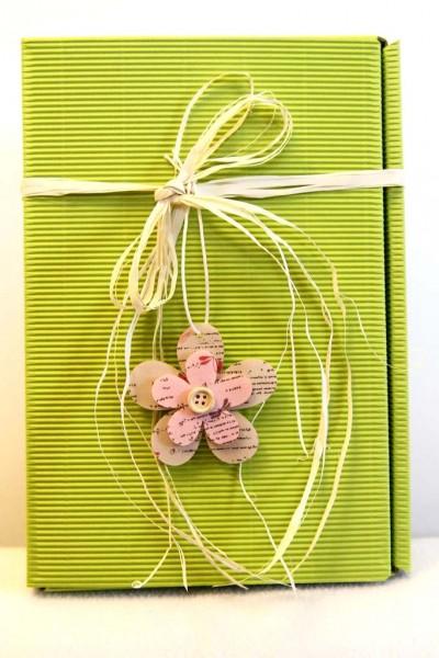 Geschenkkarton -Modern Limette- Blume